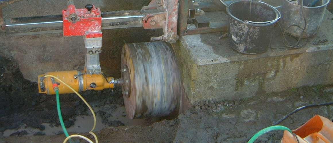 Boring in beton - Betonboringen- en Zaagbedrijf K. Wijma BV